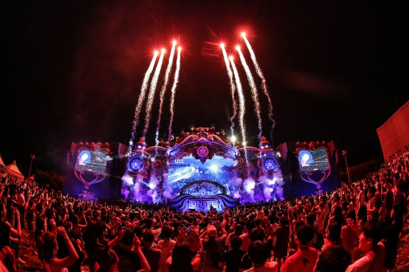 La magia di TOMORROWLAND contemporaneamente in 7 Paesi